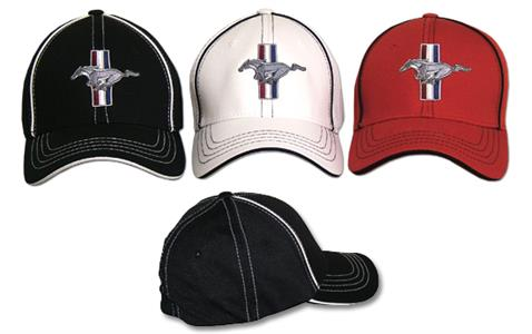 Mustang Emblem Flex Cap White Small/Medium